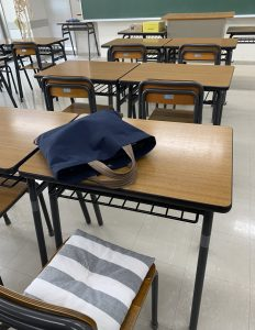 教室の風景・ssarada yoshiko